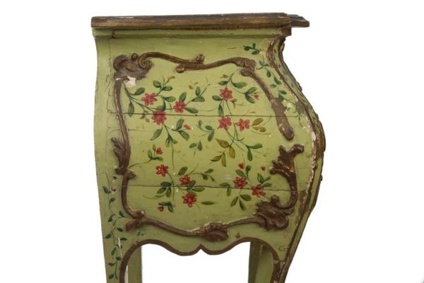 Venetian 18th Century Lacca Povera Louis XV Side Table